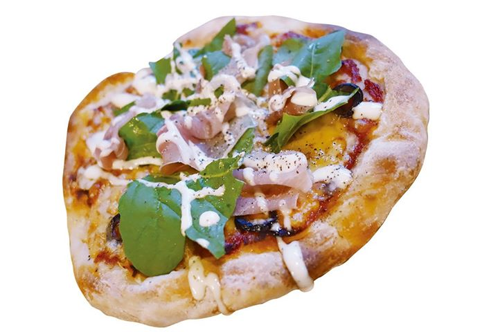 cafe&dining Passeretti:イタリア産ハムのピッツァ(スープ付き)