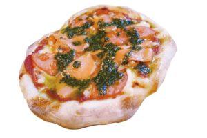 スモークサーモンとバジルのピッツァ(スープ付き)