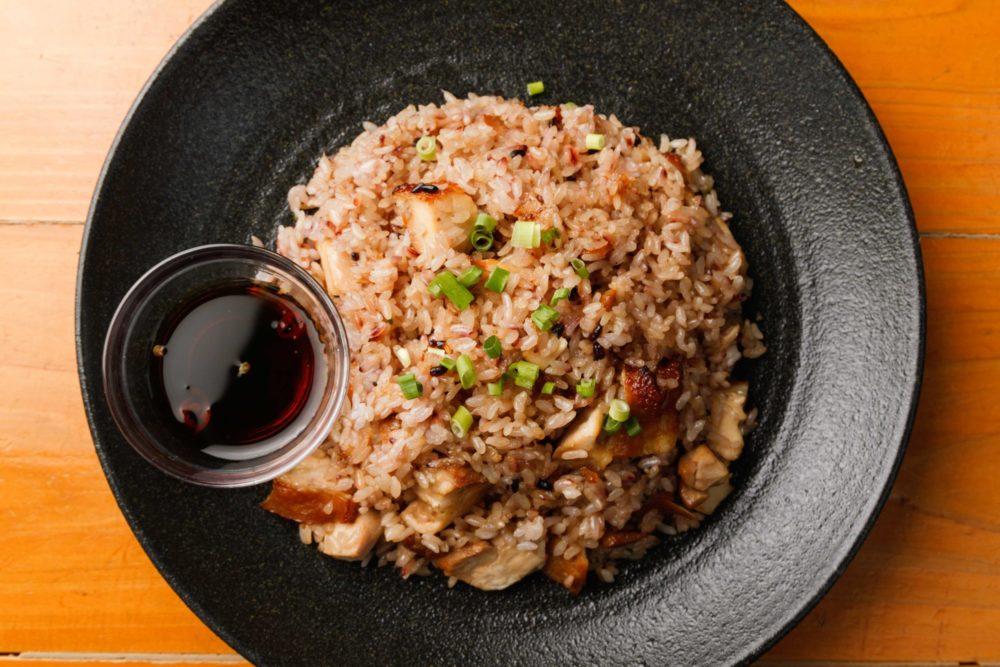 フォーハノイセカンド板屋町店: 鶏肉の炊き込みご飯