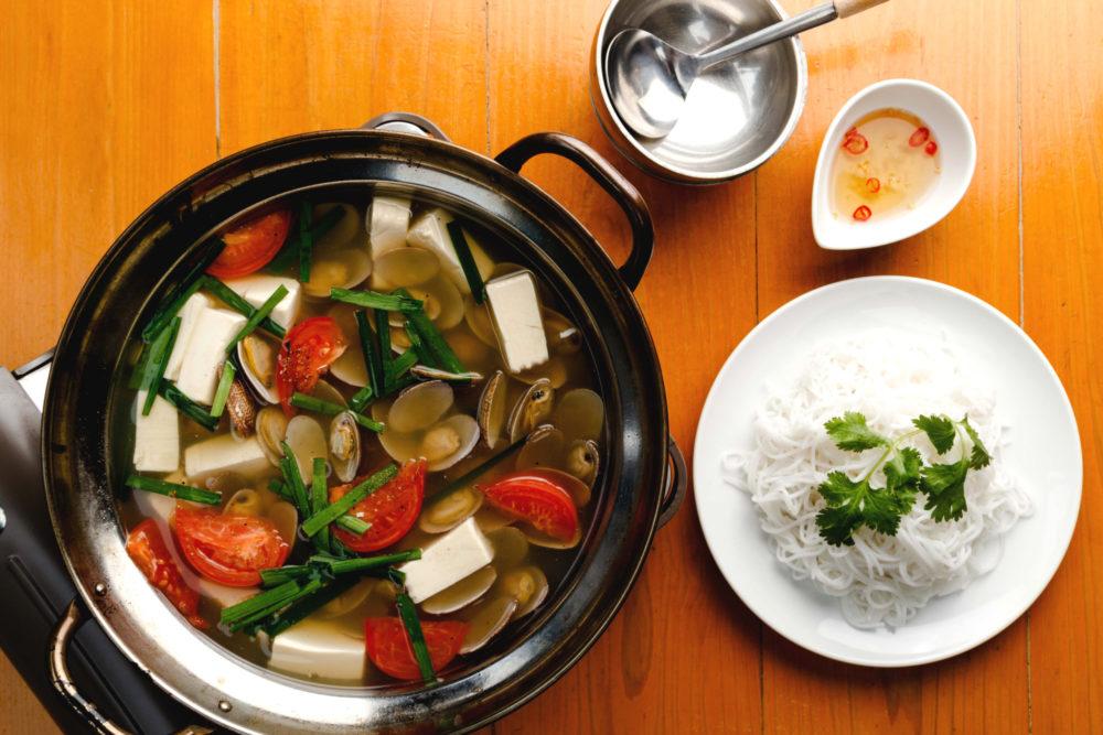 フォーハノイセカンド板屋町店:アサリのスープ