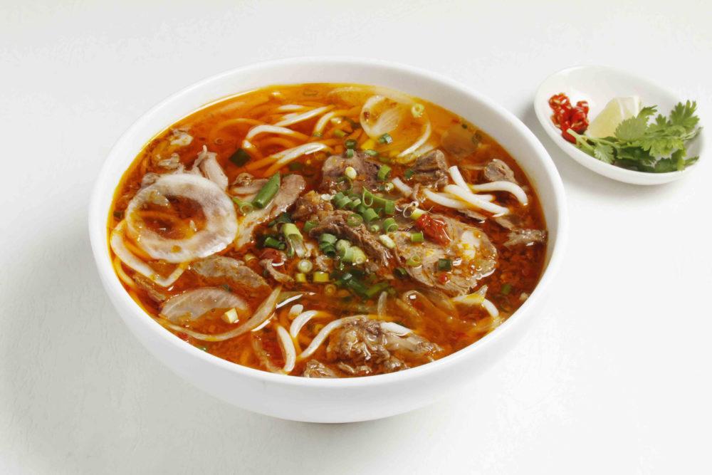 フォーハノイセカンド板屋町店:ピリ辛牛すじスープ麺