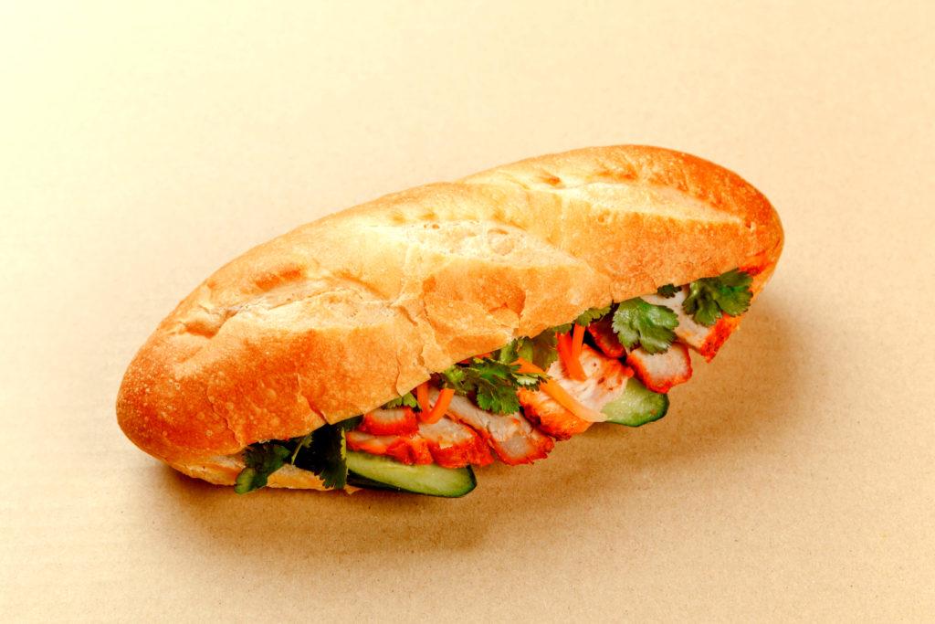 フォーハノイセカンド板屋町店:豚肉と野菜のバインミー
