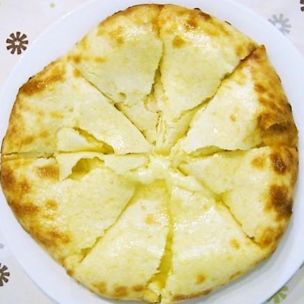 カレー&ナン専門店 タパ・インドレストラン タパ:チーズナン