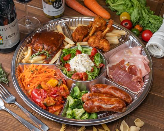Italian Kitchen VANSAN ザザシティ浜松店:VANSANファミリーオードブル
