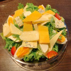5種類のチーズサラダ