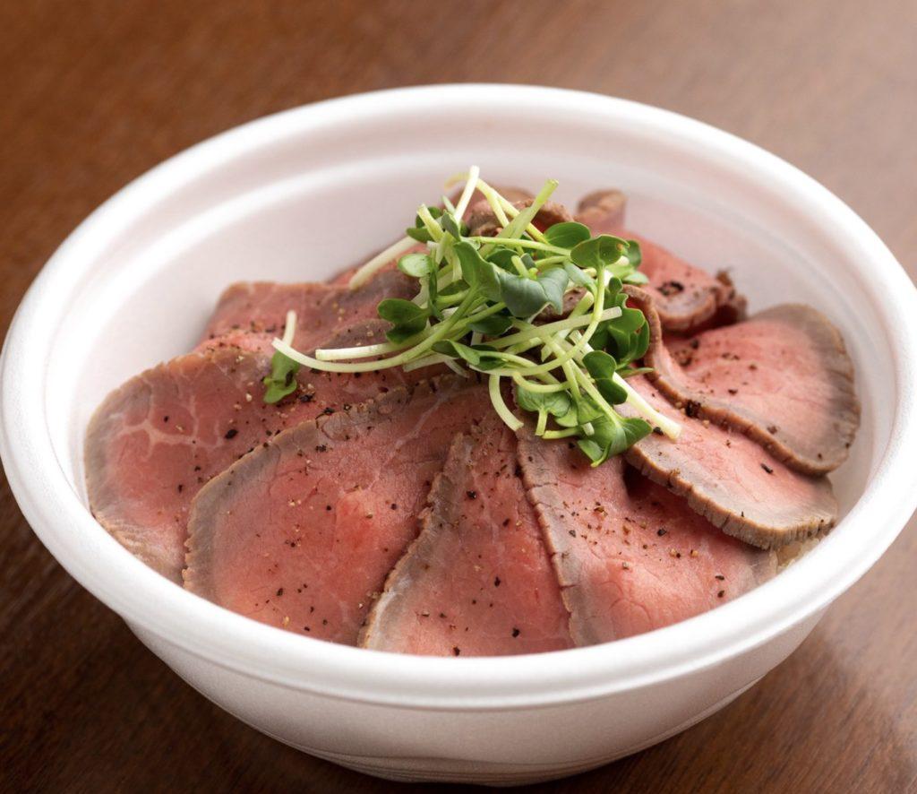 ワイン&キッチンHACHI ローストビーフ丼